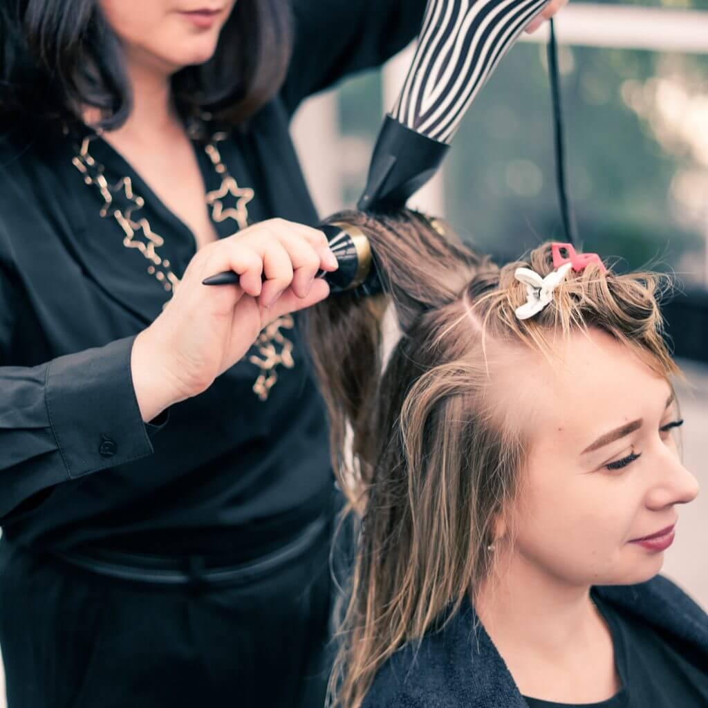 Процесс обучения на парикмахера