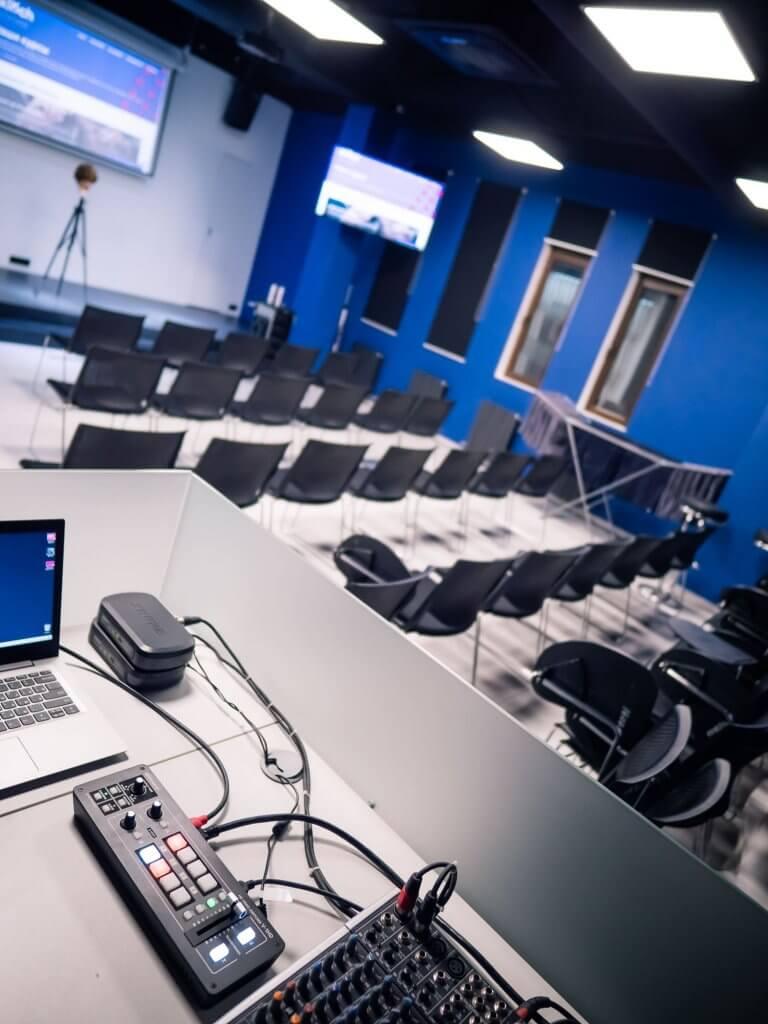 Учебный класс в академии KLOCH